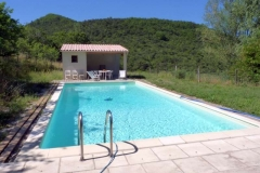 mont-corneret-piscine